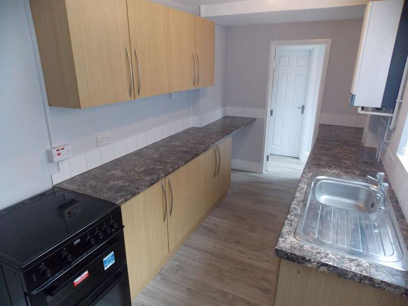 3 Bedrooms Terraced House for rent in Essex Street, Middlesbrough, TS1 4PS