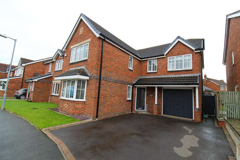 4 Bedrooms Detached House for sale in Butterwick Fields, Horwich, Bolton