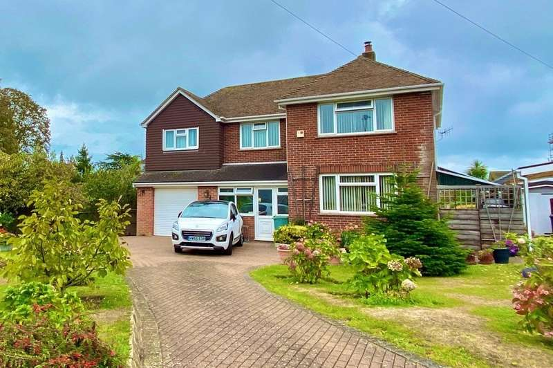 4 Bedrooms Detached House for sale in Marlborough Road, Ryde