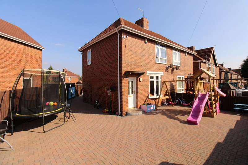 2 Bedrooms Semi Detached House for sale in Pensher Street East, Felling,Gateshead