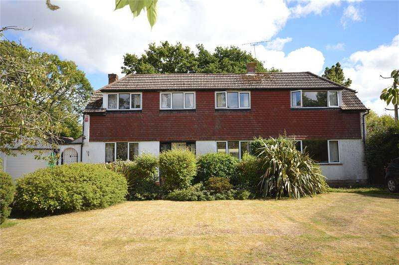 4 Bedrooms Detached House for sale in Heath Lane, East Boldre, Hampshire, SO42