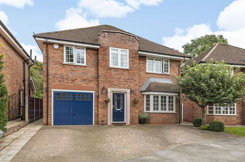 4 Bedrooms Detached House for sale in Orchard Avenue, Worsley, Manchester, M28 1FT