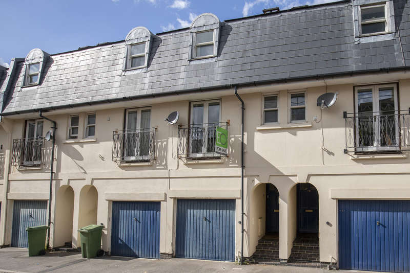 3 Bedrooms Terraced House for sale in Witcombe Place, Cheltenham GL52 2SP