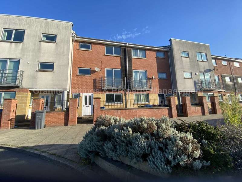 4 Bedrooms Town House for sale in Falconwood Way, Beswick, Manchester, M11 3LN