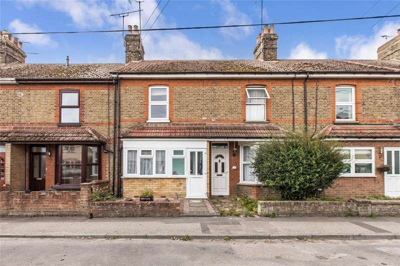 2 Bedrooms Terraced House for sale in Higham Road, Cliffe, Rochester, Kent, ME3