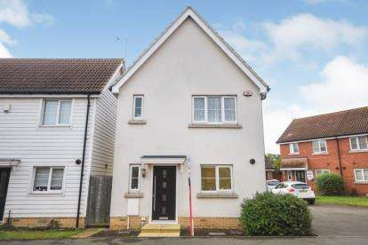 3 Bedrooms Detached House for sale in Basildon, Essex