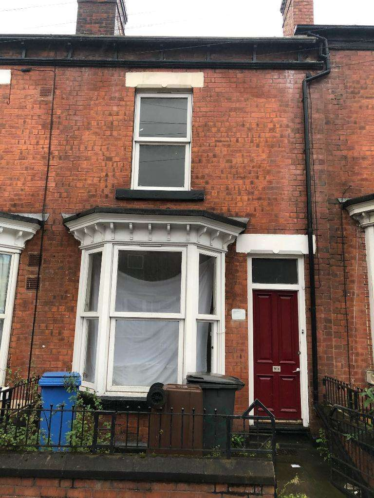 4 Bedrooms Terraced House for rent in Staniforth Road, Darnall, Sheffield, S9 3FU