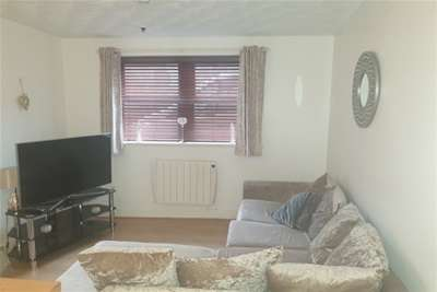 1 Bedroom Flat for rent in Horwood Place, Mauchline