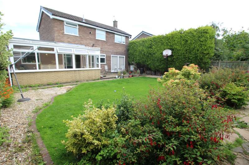 3 Bedrooms Detached House for sale in Eastleigh, Skelmersdale, WN8