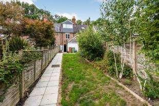 3 Bedrooms Terraced House for sale in Sandrock Villas, Cranbrook Road, Hawkhurst, Cranbrook