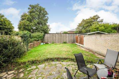 3 Bedrooms Terraced House for sale in Warley, Brentwood, Essex