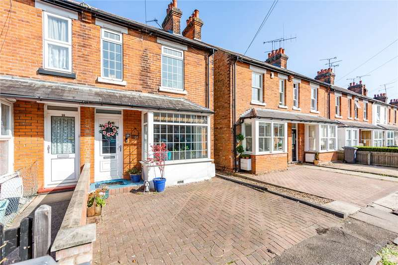 3 Bedrooms End Of Terrace House for sale in Henry Road, Chelmsford, CM1