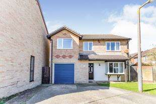 4 Bedrooms Detached House for sale in Wopsle Close, Rochester, Kent, England
