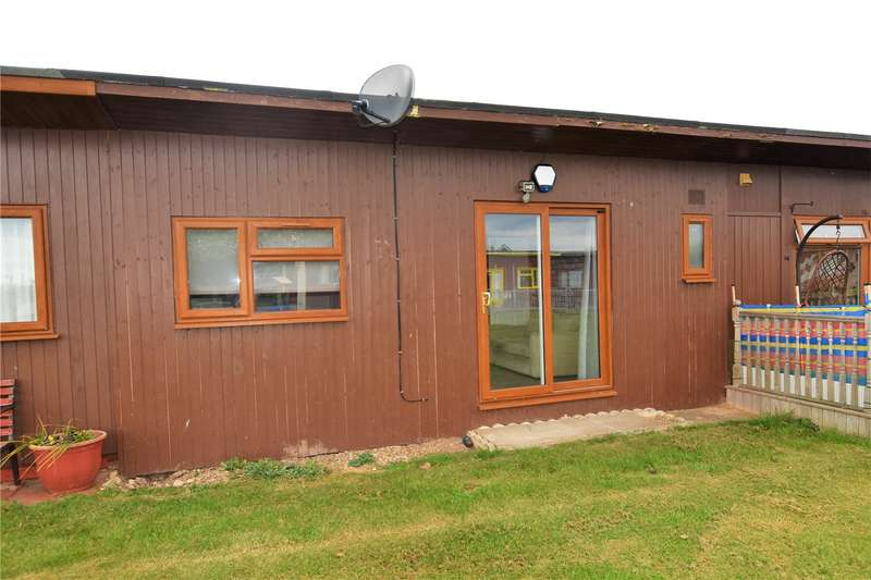 1 Bedroom House for sale in Mablethorpe Chalet Park, Off Links Avenue, Mablethorpe, LN12