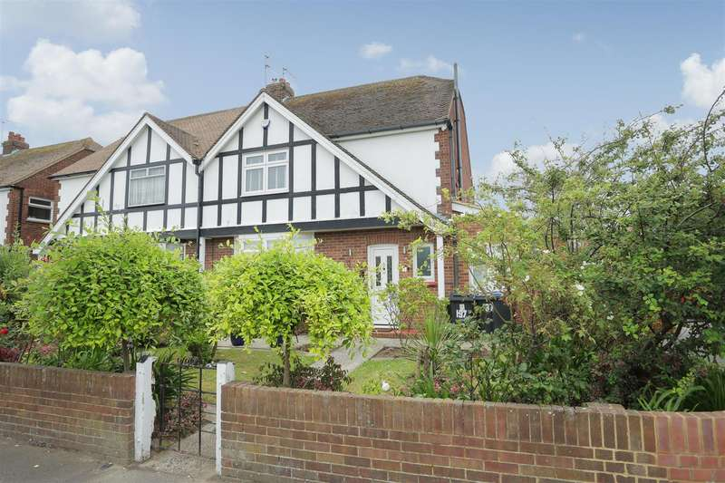 4 Bedrooms Semi Detached House for sale in Westbrook Avenue, Margate