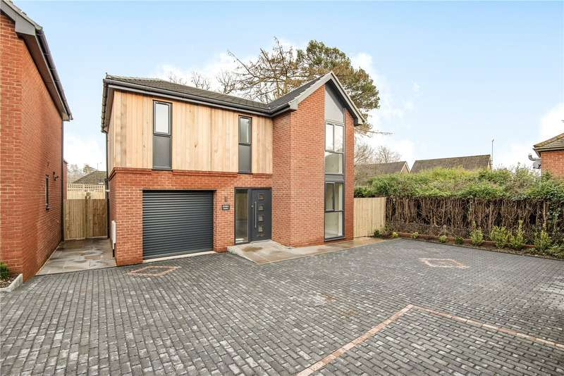3 Bedrooms Detached House for sale in Evingar Road, Whitchurch, RG28
