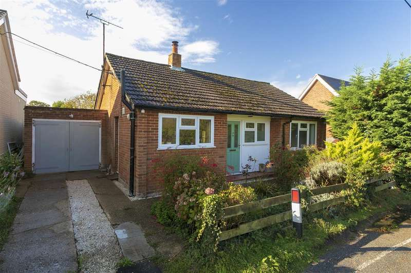 2 Bedrooms Detached Bungalow for sale in Dawes Road, Dunkirk