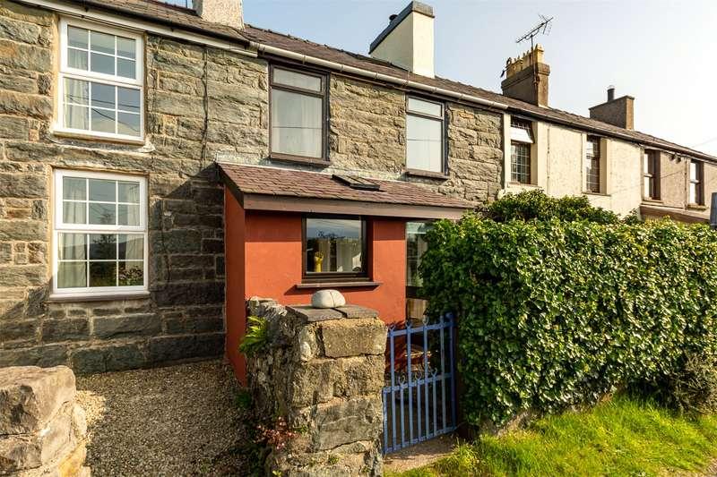 2 Bedrooms Terraced House for sale in Arthur Terrace, Penisarwaun, Caernarfon, Gwynedd, LL55