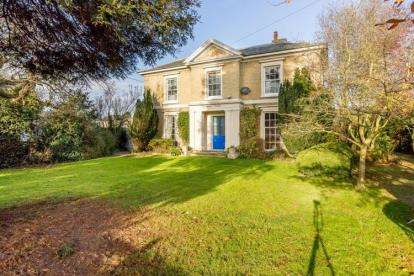 5 Bedrooms Detached House for sale in Mepal, Ely, Cambridgeshire