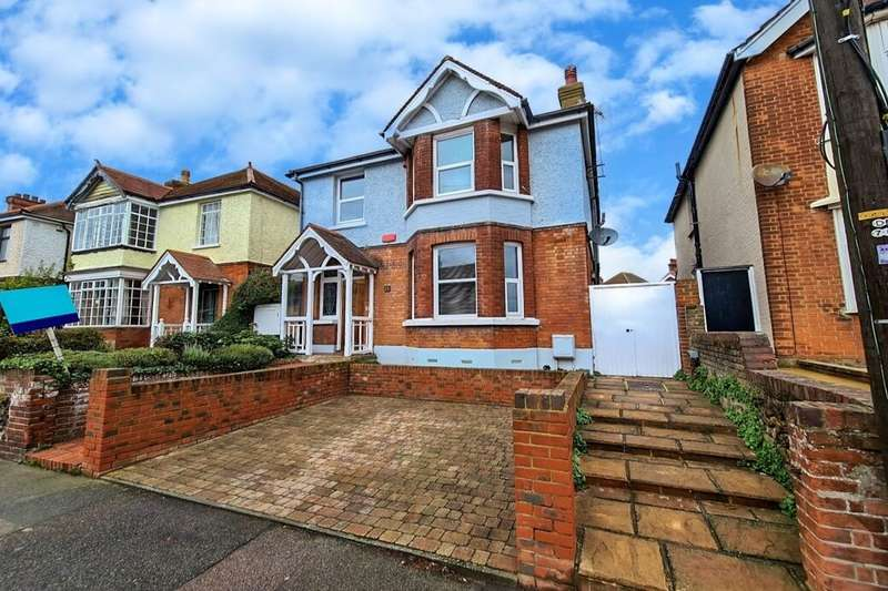 4 Bedrooms Detached House for sale in Park Road, Ramsgate, CT11