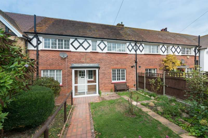 4 Bedrooms House for sale in Ryders Avenue, Westgate-On-Sea