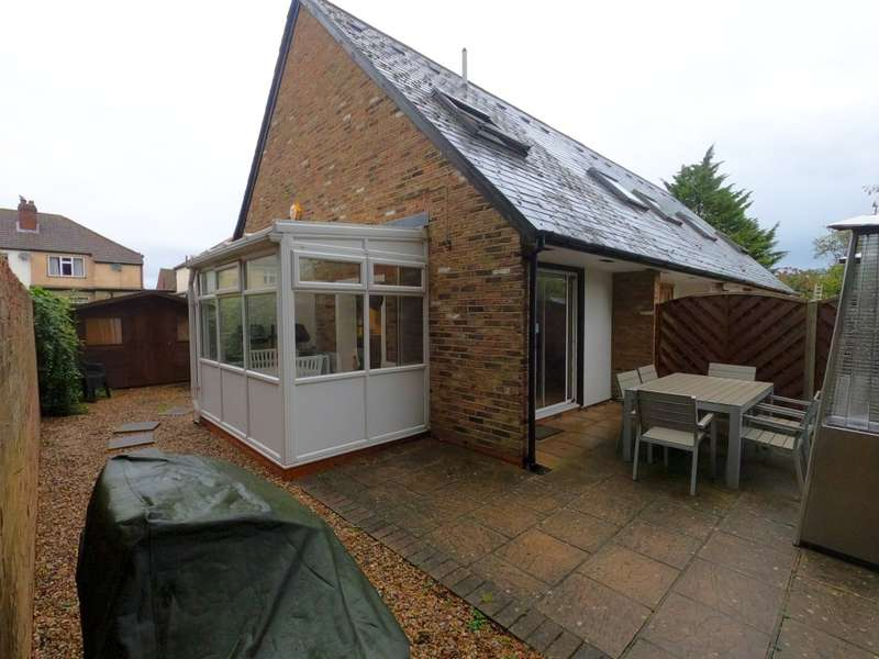 1 Bedroom End Of Terrace House for sale in Ancaster Mews, Beckenham