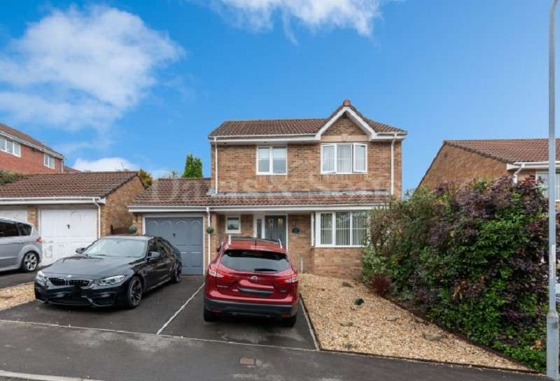 4 Bedrooms Detached House for sale in Greenwood Drive, Henllys, Cwmbran, Torfaen. NP44 6EA