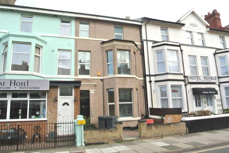 Flat for rent in Lord Street, Blackpool, FY1 2BD