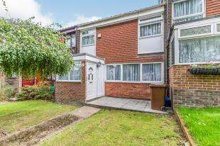 3 Bedrooms Terraced House for sale in Old Castle Walk, Rainham, Gillingham, Kent