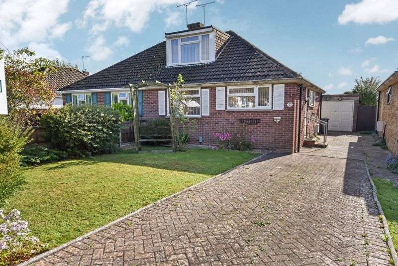 3 Bedrooms Property for sale in Silverdale Drive, Waterlooville
