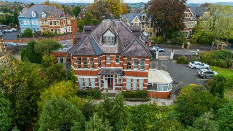 16 Bedrooms Detached House for sale in Stow Park Crescent, Newport. NP20 4HD