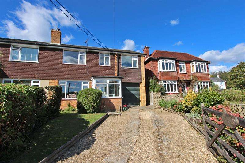 4 Bedrooms Semi Detached House for sale in Middle Road, Sway, Lymington, Hampshire, SO41
