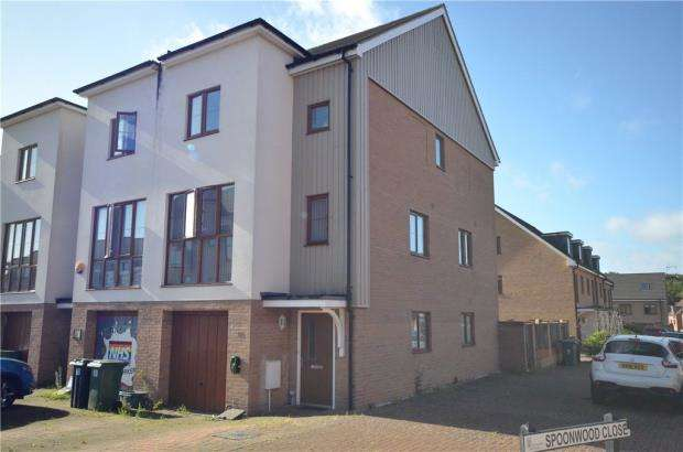 3 Bedrooms Semi Detached House for sale in Peggs Way, Basingstoke, Hampshire