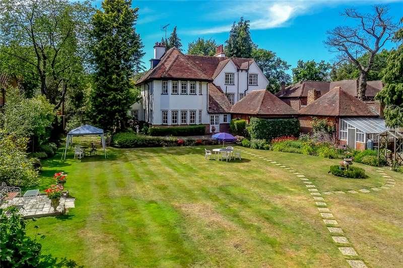 6 Bedrooms Detached House for sale in Oakcroft Road, West Byfleet, Surrey, KT14