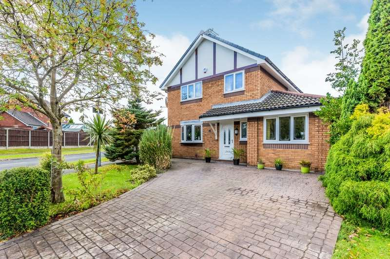 4 Bedrooms Detached House for sale in Peregrine Crescent, Manchester, Greater Manchester, M43