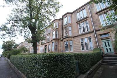 2 Bedrooms Flat for rent in Stanmore Road, Mount Florida