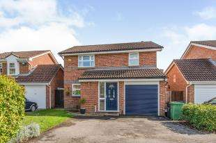 4 Bedrooms Detached House for sale in Maxton Close, Bearsted Park, Maidstone, Kent