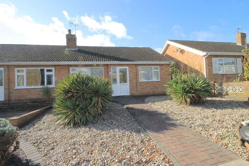 2 Bedrooms Bungalow for sale in Monks Close, Faversham
