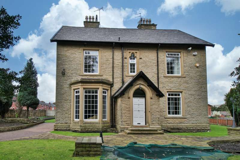 4 Bedrooms Detached House for sale in The Old Vicarage, Blanche Street, Rochdale, OL12 0EJ