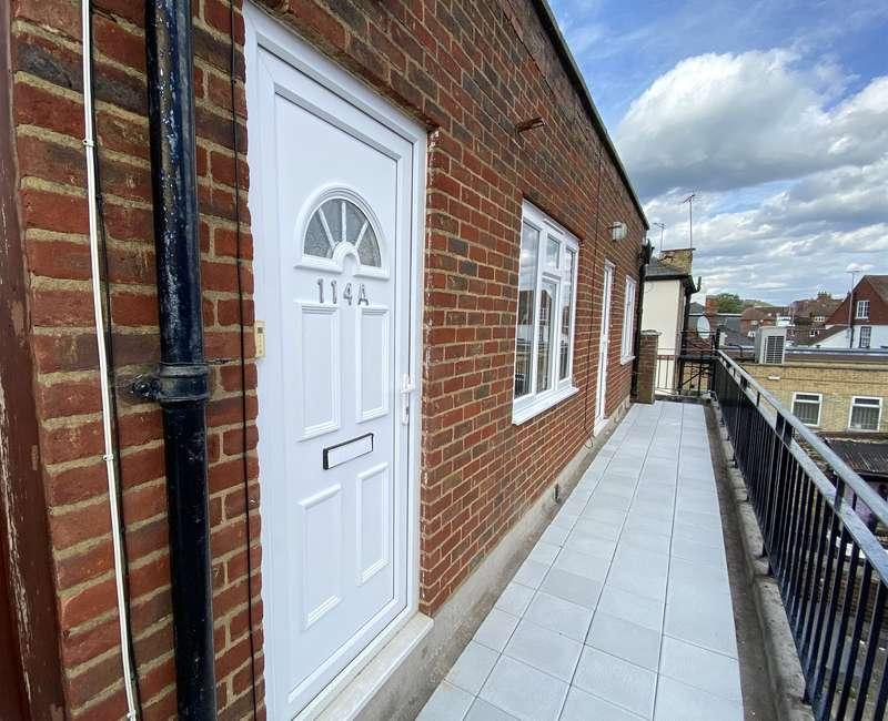 1 Bedroom Flat for rent in High Street, Dorking, Surrey, RH4