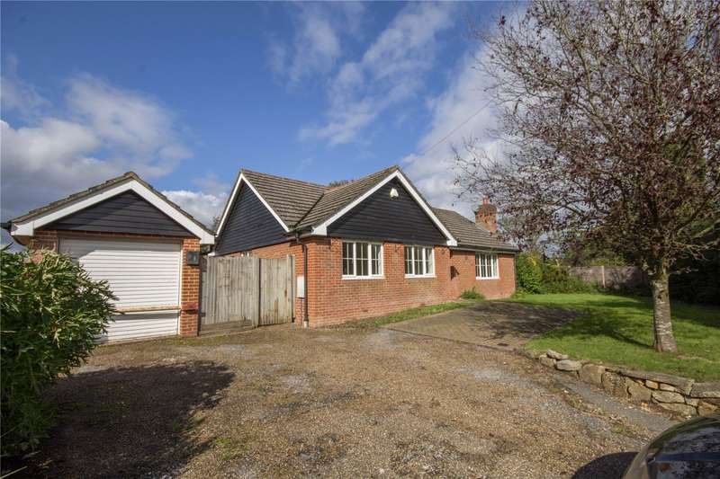 3 Bedrooms Detached Bungalow for rent in Lusted Hall Lane, Tatsfield