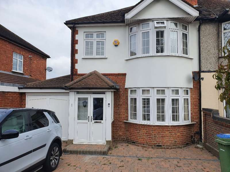 3 Bedrooms Semi Detached House for sale in Sidcup Road, London, SE9
