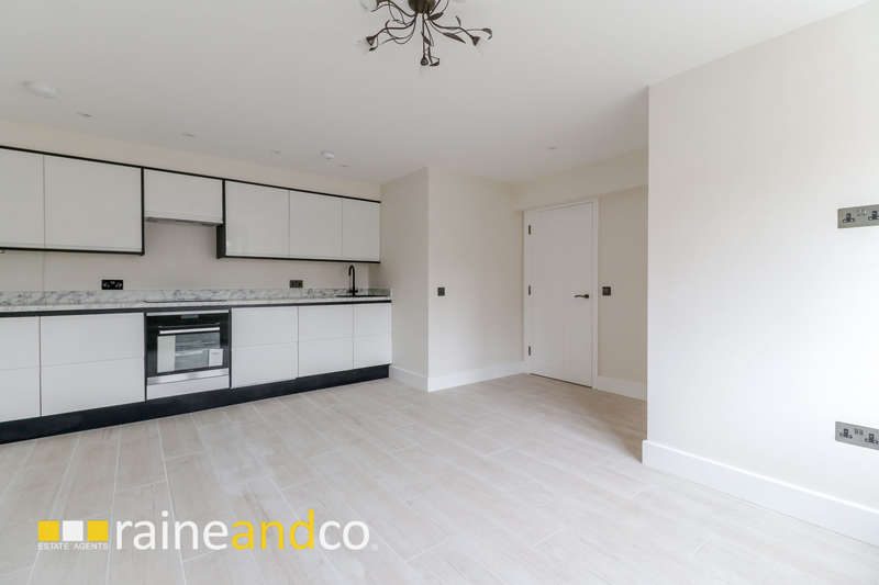 2 Bedrooms Apartment Flat for sale in Park Street, Old Hatfield, AL9
