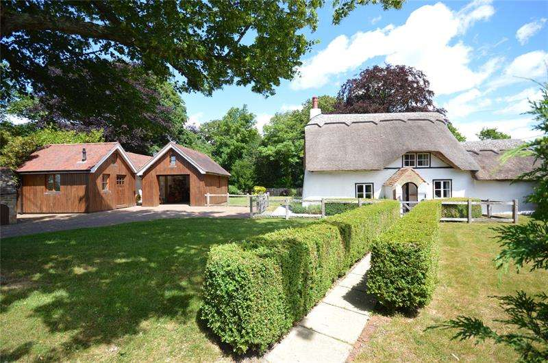 3 Bedrooms Detached House for sale in Main Road, East Boldre, Brockenhurst, Hampshire, SO42