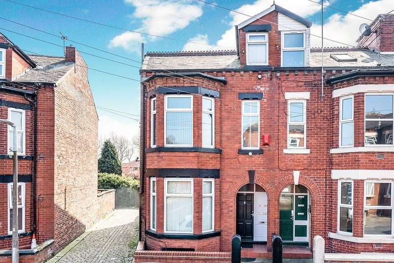 2 Bedrooms Flat for rent in Barrfield Road, Salford, M6