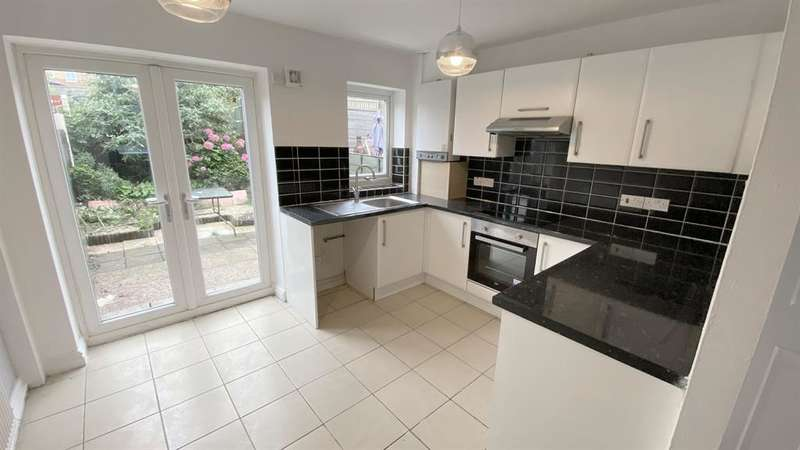 2 Bedrooms Terraced House for sale in Peel Street, Farnworth, Bolton, BL4 8AB