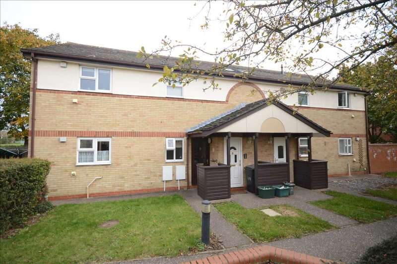 2 Bedrooms Apartment Flat for sale in Pollards Green, Chelmer Village, Chelmsford