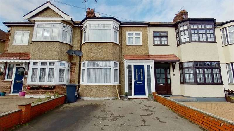 4 Bedrooms Terraced House for sale in Felstead Road, Waltham Cross, Hertfordshire