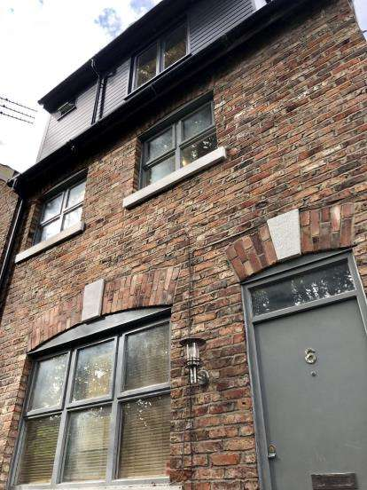 2 Bedrooms Barn Conversion Character Property for sale in Cape Street, Withington, Manchester, Greater Manchester