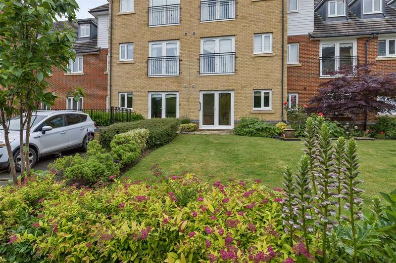 1 Bedroom Apartment Flat for sale in Hoxton Close, Singleton, Ashford